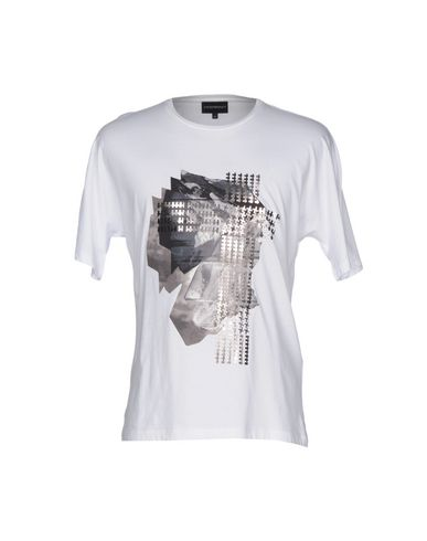 official photos 8ad1d bf915 EMPORIO ARMANI T-shirt - T-Shirts and Tops | YOOX.COM