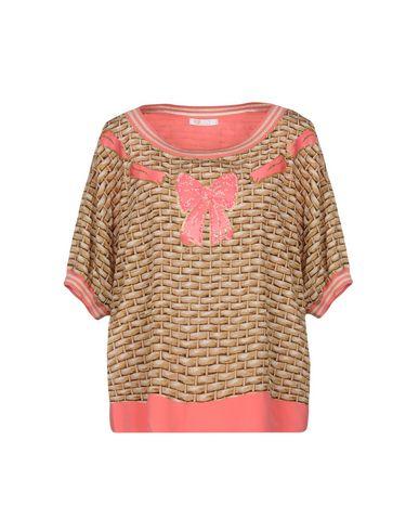 VDP BEACH T-Shirt
