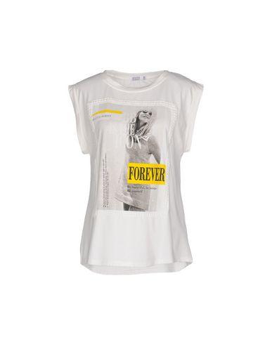 BRIGITTE BARDOT T-Shirt