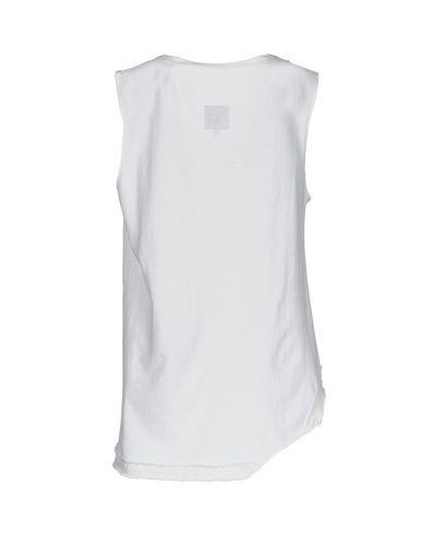 RTA Camiseta