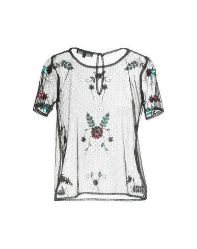 VANESSA SCOTT T-Shirt