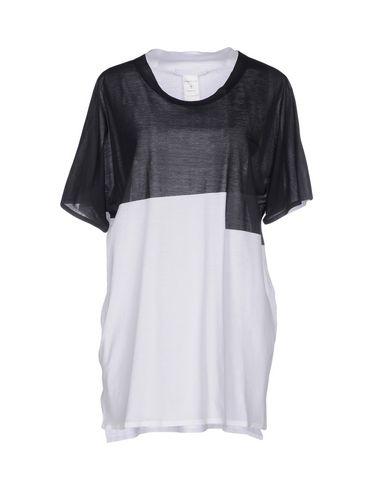BARBARA ALAN T-Shirt in Black