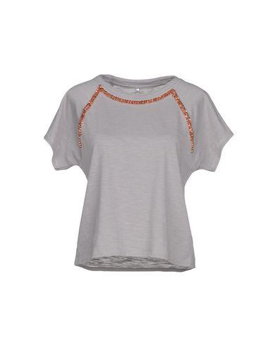 d73946b93386 Karen Millen T-Shirt - Women Karen Millen T-Shirts online on YOOX ...