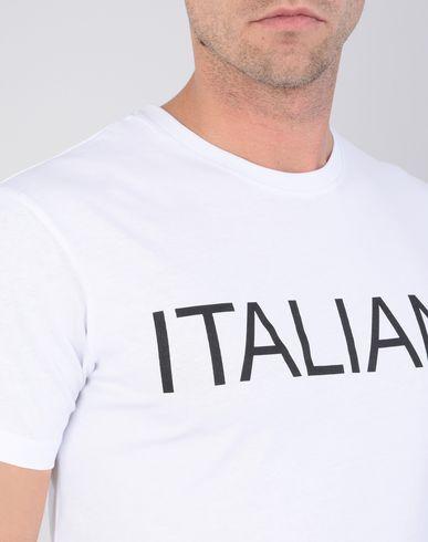 rabatt billigste Italiana Italiana. Italiana Italiana. Italy Through The Lens Of Fashion 1971-2001 Camiseta Italia Gjennom Linsen På Mote 1971-2001 Camiseta prisene på nettet salg ekte klaring gode tilbud største leverandør vgEgCJe