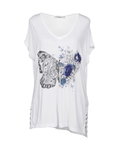 T-Shirt Desigual Donna - Acquista online su YOOX - 12163550QO 98d1f677c5c1