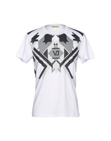 9312eb69b Versace Jeans T-Shirt - Men Versace Jeans T-Shirts online on YOOX ...
