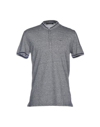 e51308abb07e Guess By Marciano T-Shirt - Men Guess By Marciano T-Shirts online on ...