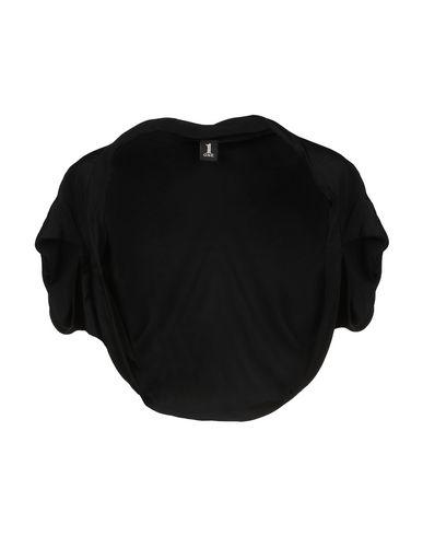 ONE Shrug in Black