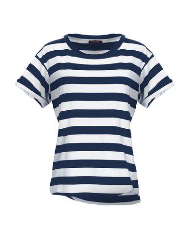 True Nyc. T-Shirt - Women True Nyc. T-Shirts online on YOOX Portugal ... 5707d030566