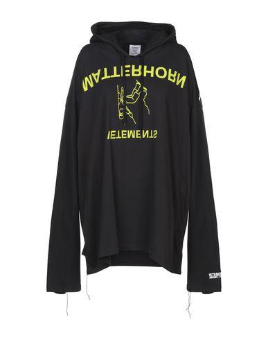Vetements T-shirts Hooded sweatshirt