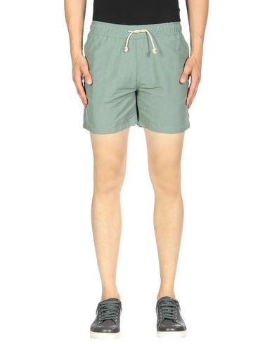MOLLUSK Shorts & Bermuda in Green