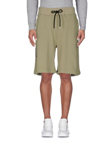 NUMERO00 Shorts & Bermuda in Military Green