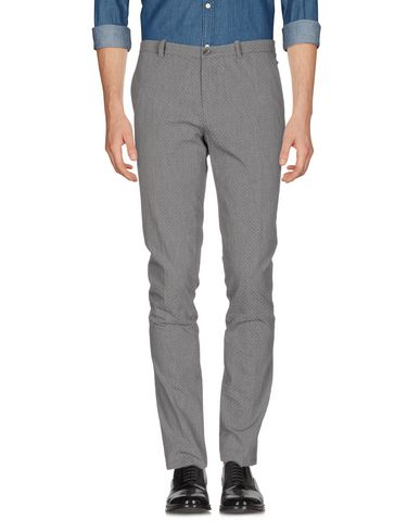 OBVIOUS BASIC Chinos