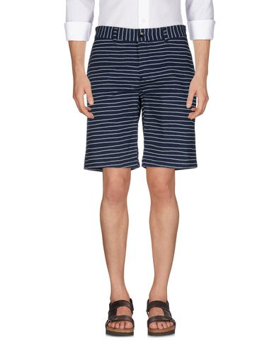TOMMY JEANS - Shorts & Bermuda
