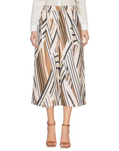 La Fabbrica Del Lino Cropped Trousers & Culottes - Women La Fabbrica ...