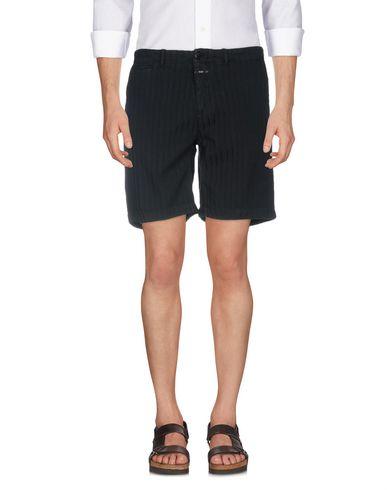 CLOSED Shorts