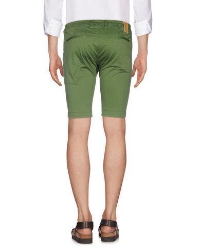MASSIMO BRUNELLI Shorts
