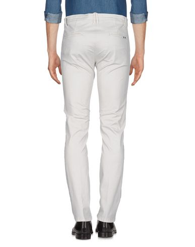 BEVERLY HILLS POLO CLUB Chinos