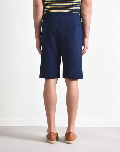 8 Pantalón deportivo