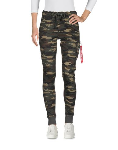 online store c4d49 2beff ALPHA INDUSTRIES INC. Casual pants - Pants   YOOX.COM