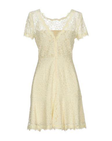 DIANE VON FURSTENBERG SHORT DRESS, IVORY