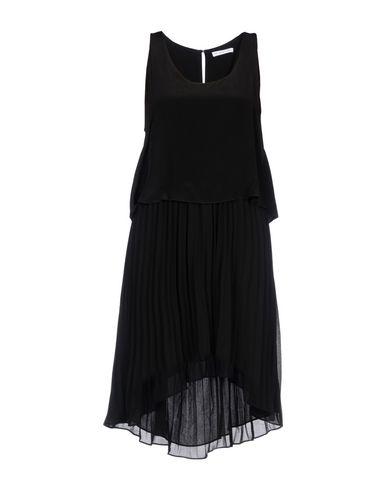 Chelsea Flower Knee Length Dress   Dresses D by Chelsea Flower