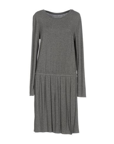 DRESSES - Knee-length dresses Juvia Buy Cheap Best Wholesale Marketable For Sale QVT6to
