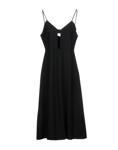 YUNE HO Short Dresses in Black