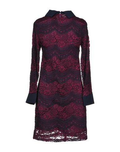 ANONYME DESIGNERS Enges Kleid