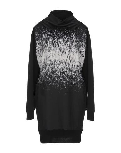Short Dress in Black