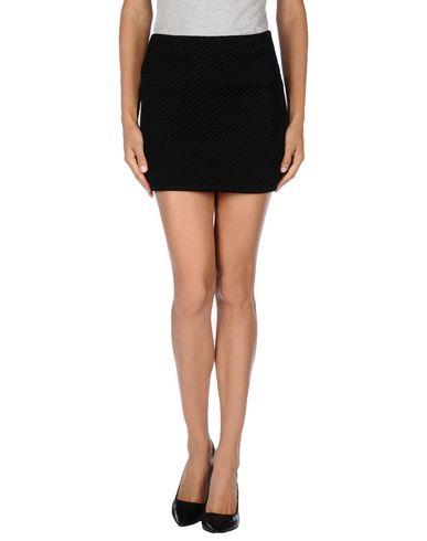 AMERICAN RETRO Mini Skirt in Black