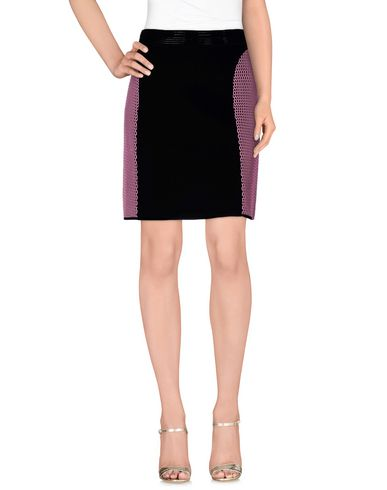 OHNE TITEL Knee Length Skirt in Pink