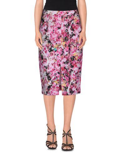SAM & LAVI Knee Length Skirt in Fuchsia
