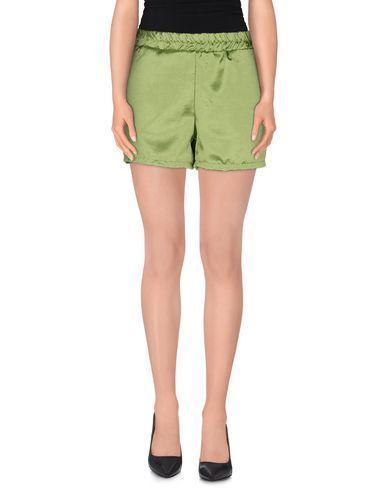 JIJIL Shorts & Bermuda in Acid Green