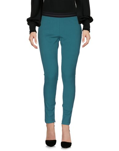 VDP CLUB - Cropped pants & culottes
