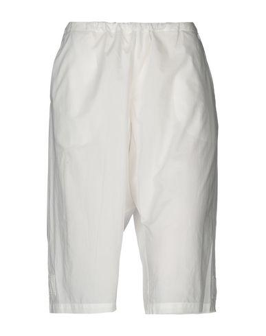 YOSHI KONDO Shorts & Bermuda in White