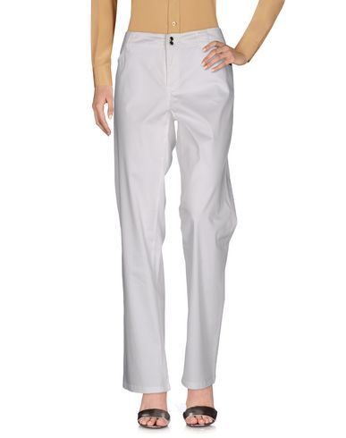 TROUSERS - Casual trousers Alba Conde CUvHghIvM