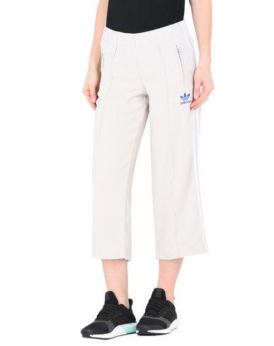 pantaloni a palazzo adidas