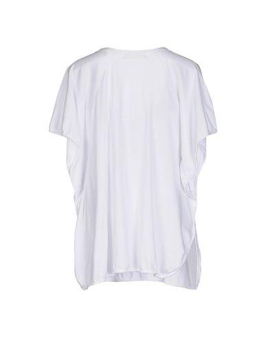 MONICA •LENDINEZ T-Shirt