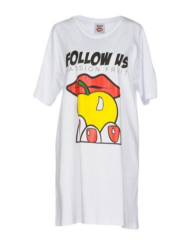 FOLLOW US Camiseta