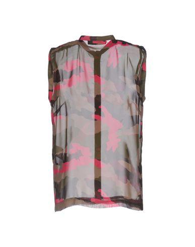 LOVE MOSCHINO Camisas y blusas estampadas