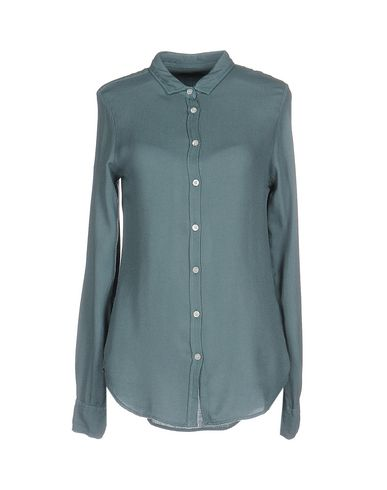 TRUE TRADITION Solid Color Shirts & Blouses in Slate Blue
