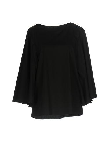 BACKGROUND Bluse