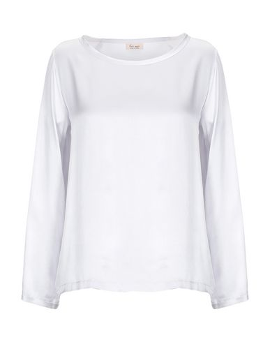 HER SHIRT Blouse in Light Grey