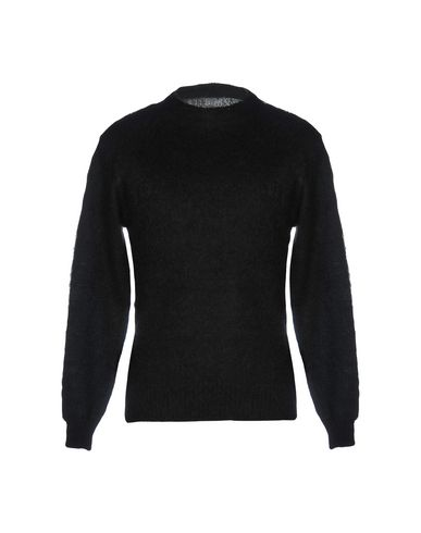 VANQUISH Sweater in Black