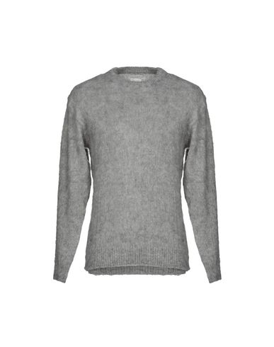 VANQUISH Sweater in Grey
