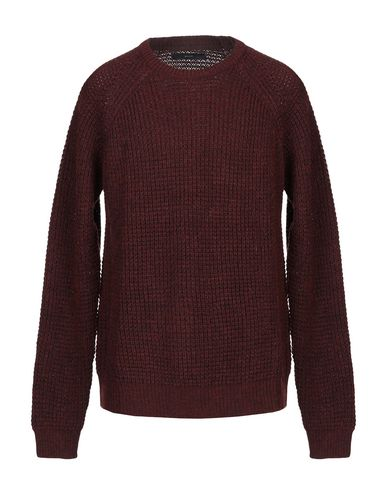 SUIT Sweater in Maroon