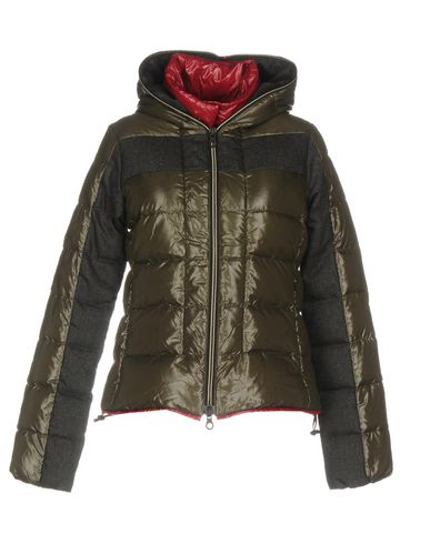 ad8e790909d Rossignol Aiguille Jacket Farfetch   2019 trends   xoosha