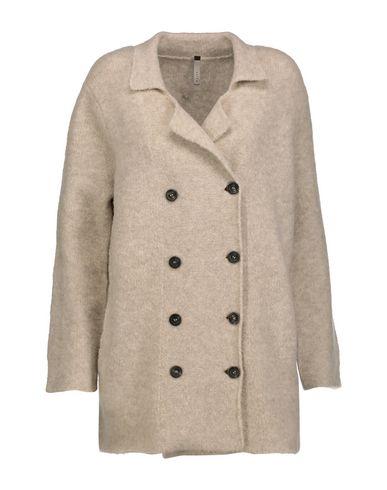 SOYER Coat in Beige