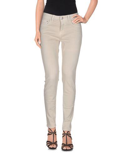Auslass Wiki CLOSED Jeans Spielraum Billig Echt Bestes Geschäft Zu Erhalten Online-Verkauf Factory-Outlet-Verkauf Online Visa-Zahlung Günstiger Preis wrYIl